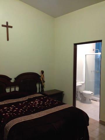Habitación/Baño en PrivadaExclusiva - Texcoco - Hus