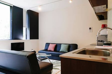 5min walk from Shinjuku sta/designed 4 beds apart - Shibuya