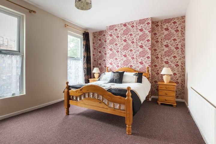 Loughgarr a comfy double room 3