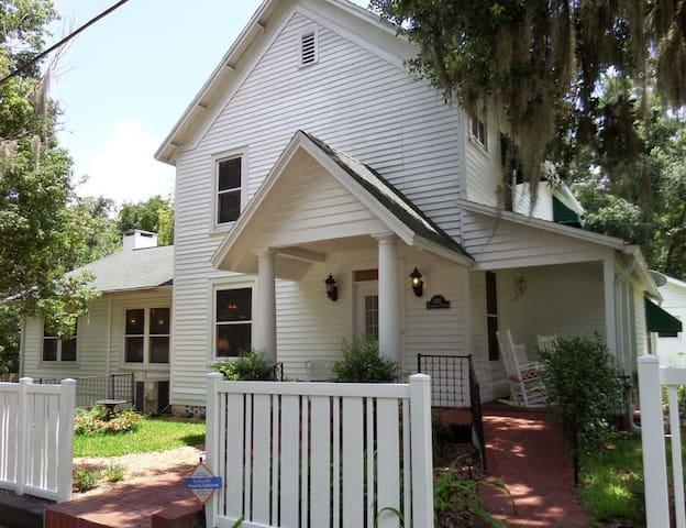 Ardendales - Brooksville - House