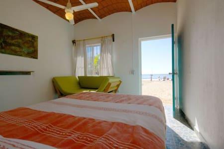 Beach room Cusi Arena - Chacala - Bed & Breakfast