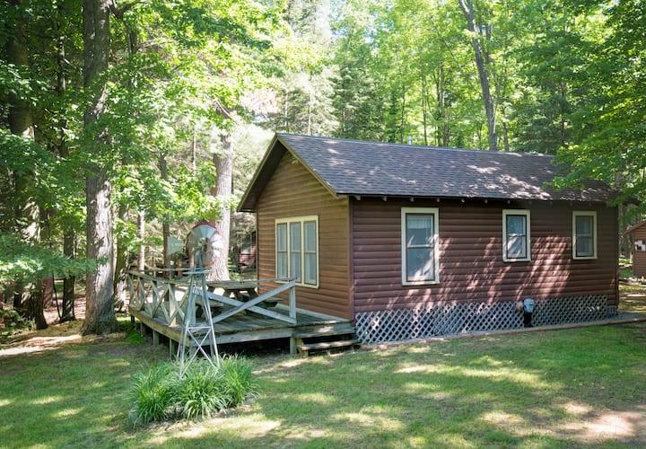 Comfortable Cabin near the Lake