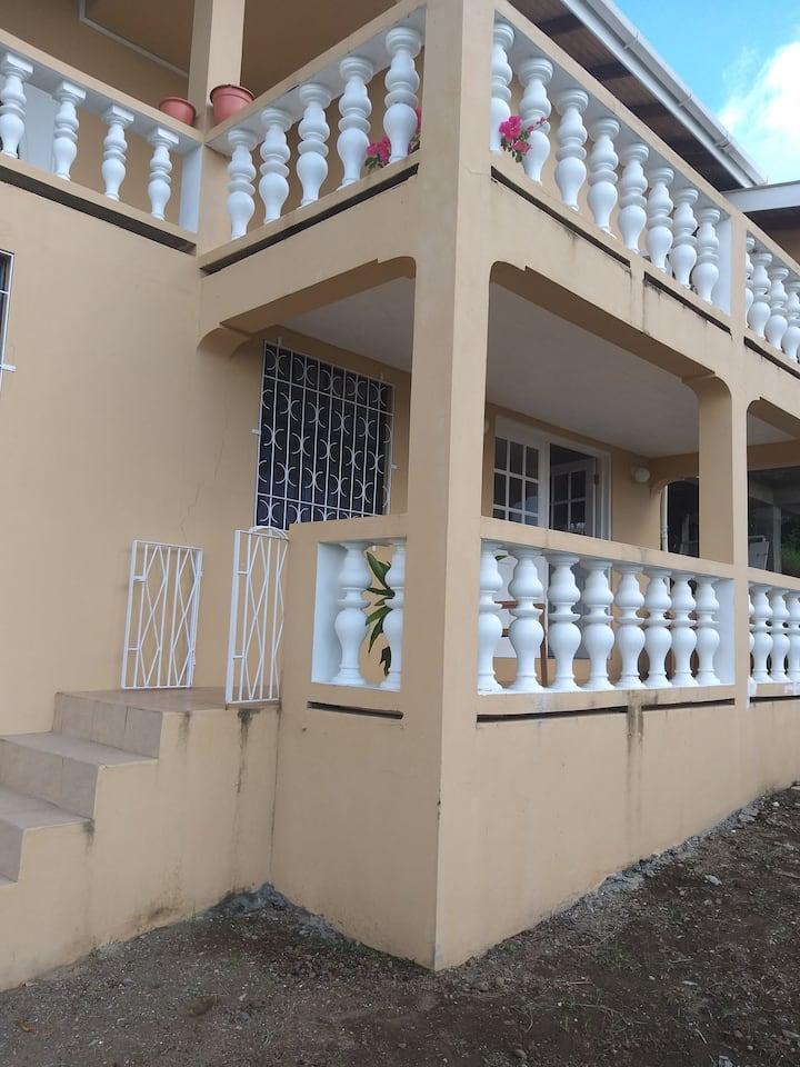 Childs Seaview Apartment