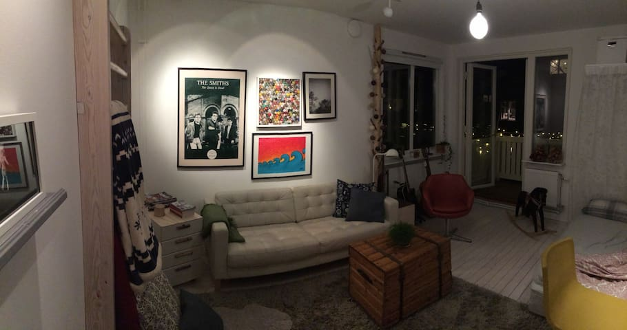 Cozy 2 room apartment close to city, forest & tram - Göteborg - Apartemen