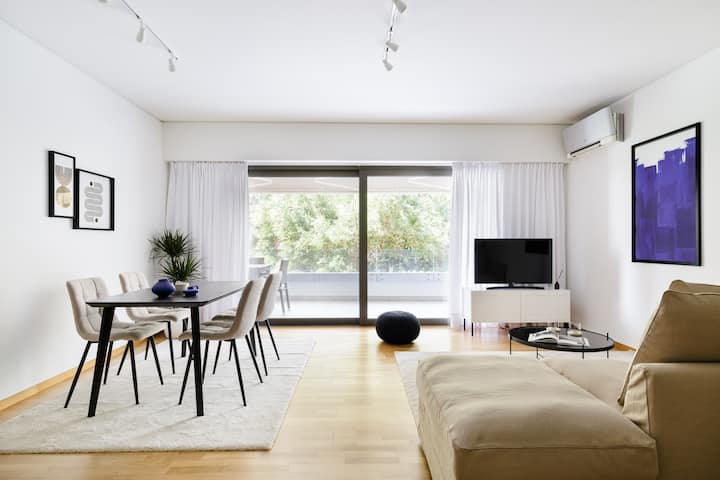 Modern 1BD Apartment close to the Acropolis Museum