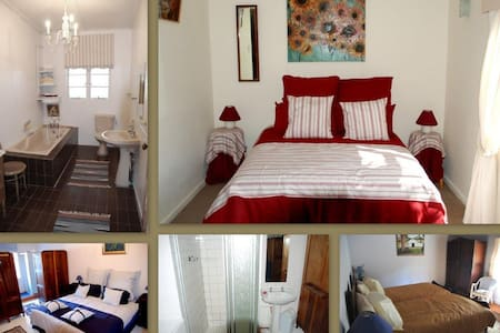 Private Twin Room in Farm House Fisherhaven - Overberg District Municipality - House