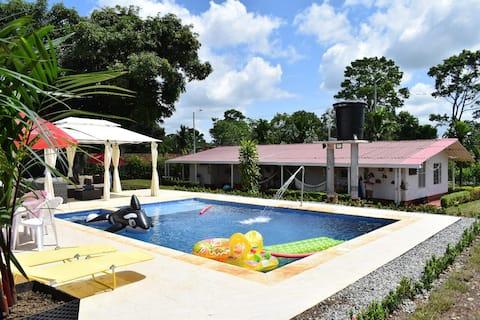 Villa ideal para viajes grupales y familiares!!