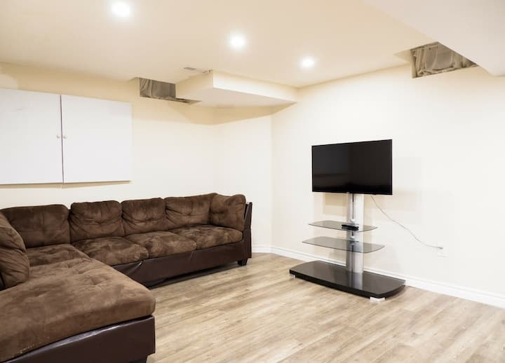 Your own 1 BR unit making your stay comfortable