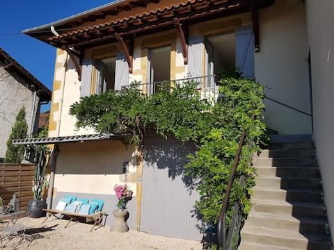 Private cottage with pool Ternand Beaujolais