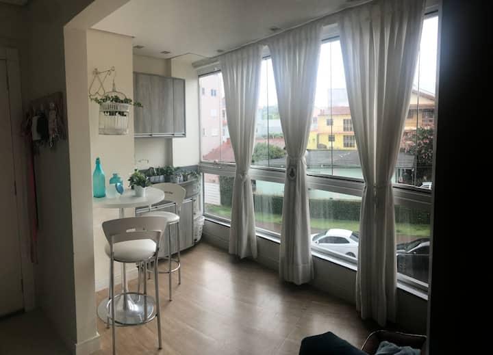 Apartamento Suíte + 1 com banheira e ar cond.