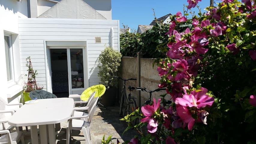 Maison proche plage et côte sauvage