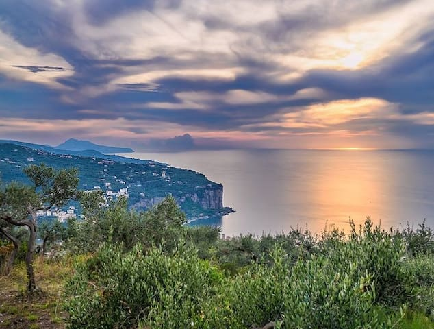 "Holiday Home ""La Margherita"" (Sorrento coast) - Vico Equense - Byt"