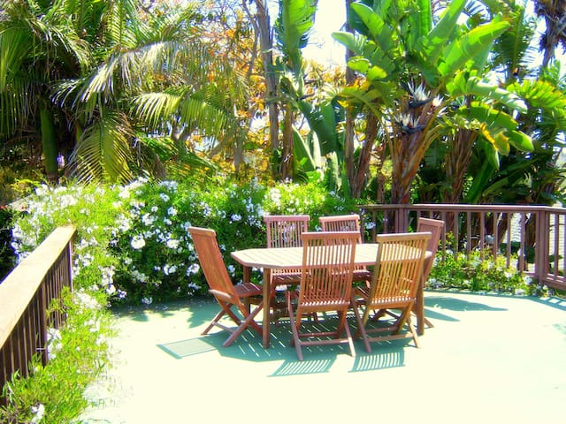 French Normandy at the Beach~Fabulous Guesthouse!! - Redondo Beach