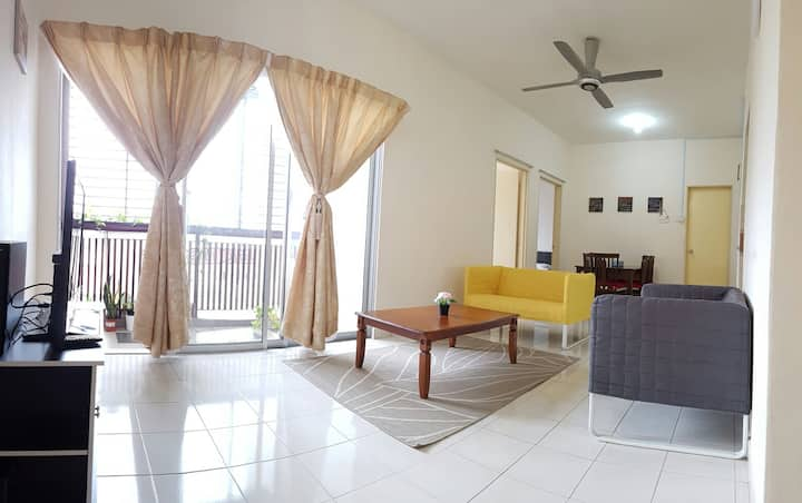 Reen Apartment @ Bangi || 6 pax