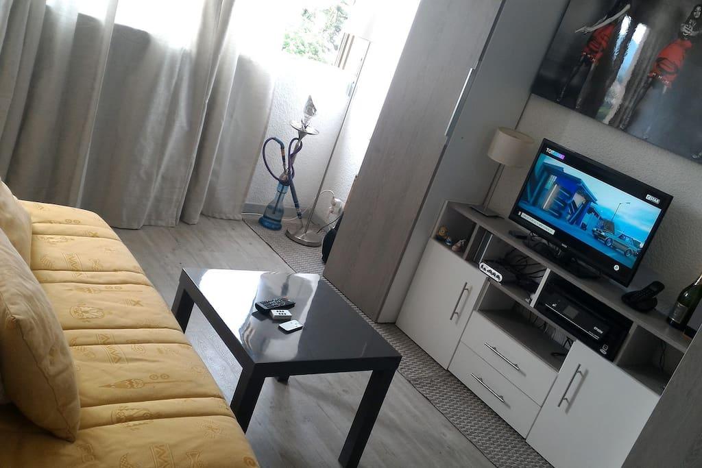 salon, canapé BZ