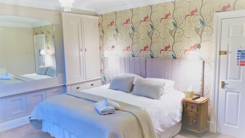 Four Seasons Guesthouse, Castleton (Room 2)