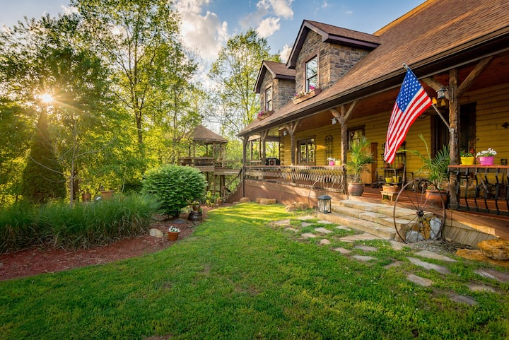 Stone Creek Cabin Retreat