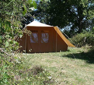 Tent in nature at Auberge LesLiards - egliseneuve des liards
