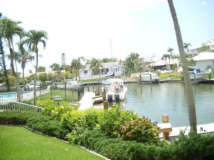 Peaceful Model Village Condominiums For Rent In Marco
