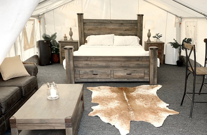 Lake Texoma Resort - Glamping Tent #1 - Sleeps 4