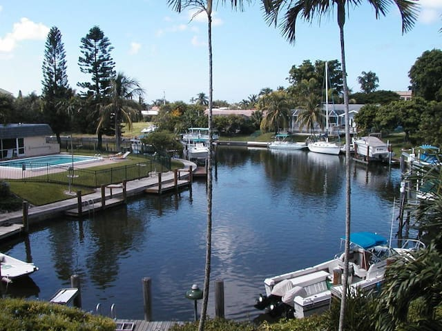 Peaceful Model Village - Marco Island - Lejlighed
