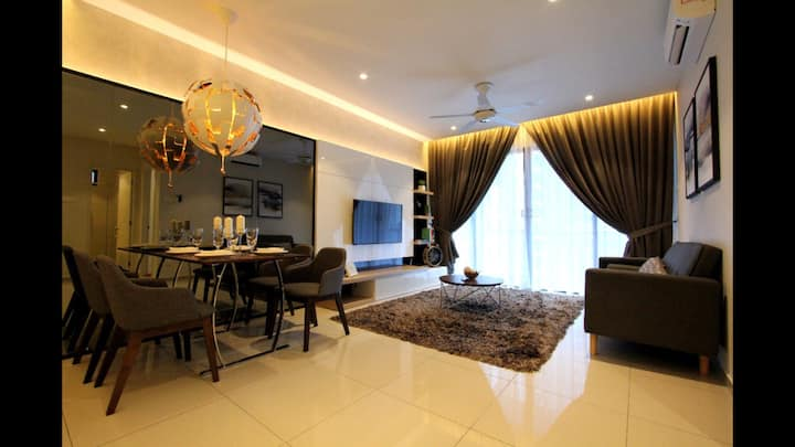 [NeW]  RoManTic LuxuRy House Near Jonker 2-6 pax