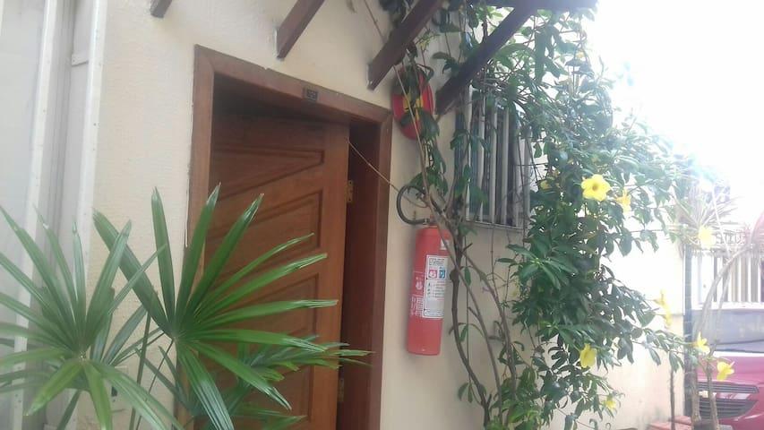 Apt com ar de casa próximo a lagoa - Belo Horizonte  - Apartment