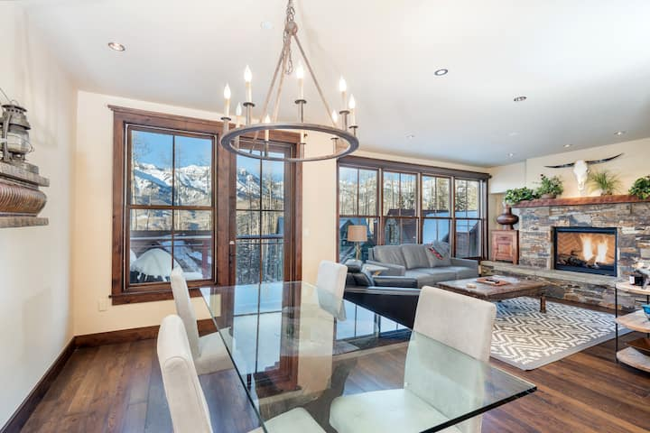 True Ski-in Ski-out Condo Just Steps from the Telluride Ski Resort Double Cabins Ski Run with Incredible Mountain Views