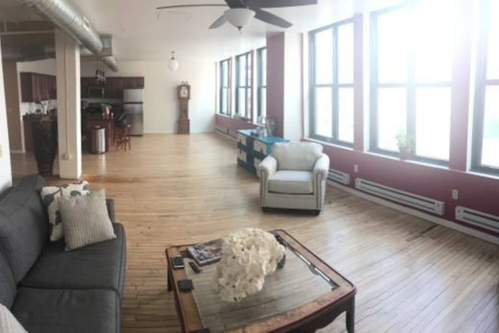 Luxury apartment right downtown apartments for rent in pittsburgh pennsylvania united states for 1 bedroom apartments pittsburgh pa