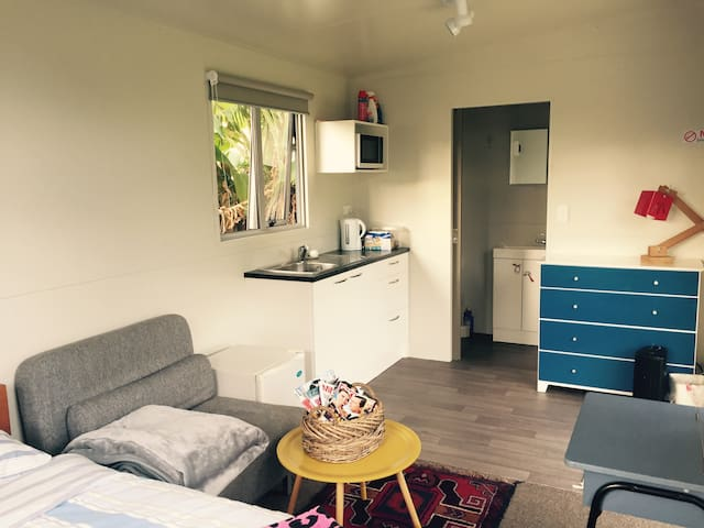 Brand new self contained unit in Mount Roskill