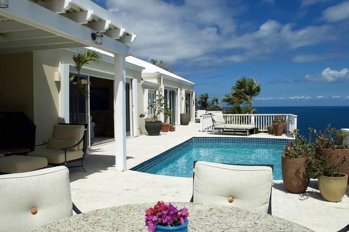 Luxury Villa - Stunning Ocean Views