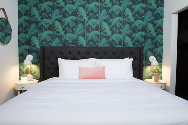 Hip One Bed at Stay Alfred SoBro