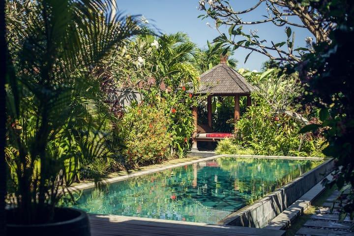 Peaceful villa in Bali - 3 bedrooms - Seminyak - Hus