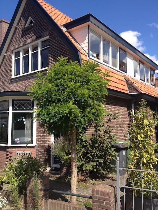 Verborgen rijk houses te huur in castricum noord for Weekendje weg huisje open haard