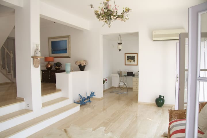 Luxurious mediterranean style villa - Kalkan Belediyesi - House