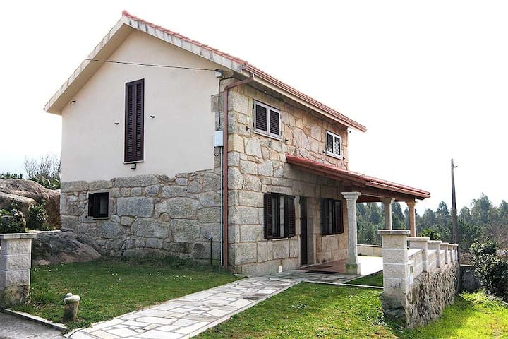 Nice, quiet and near to the beach - Carnota - Haus