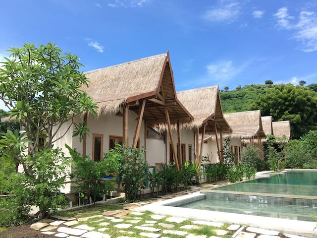 Kalyssa Beach Bungalow 8 with Pool in Pemuteran