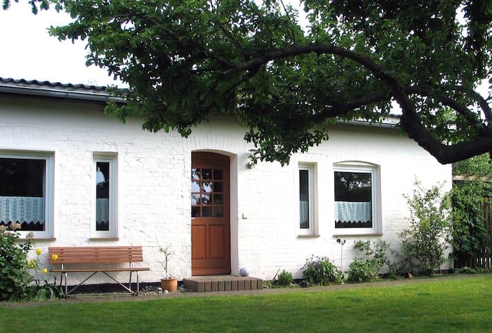 Schnitterhus 1 - Dranske-Lancken