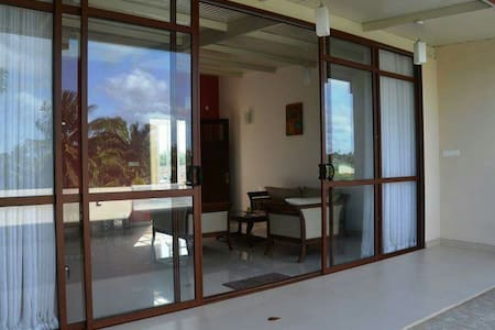 Charming and Modern 2 BR in Colombo - Dehiwala-Mount Lavinia