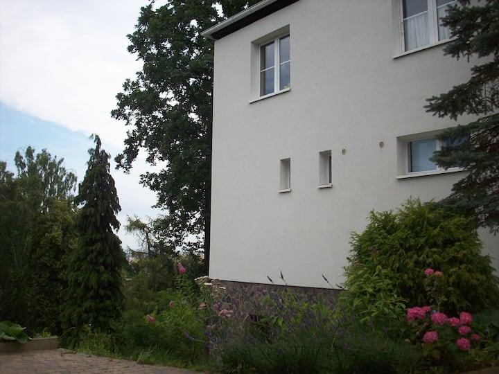 Studio z ogrodem