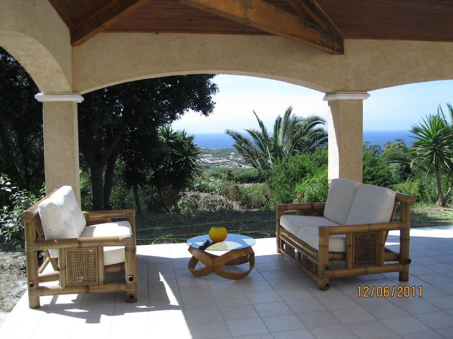 Splendide villa avec vue sur mer ville in affitto a for Splendide planimetrie della casa