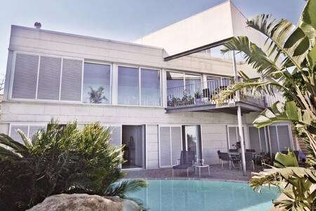 5 Bedrooms Home in Sant Pol de Mar - Sant Pol de Mar - 獨棟