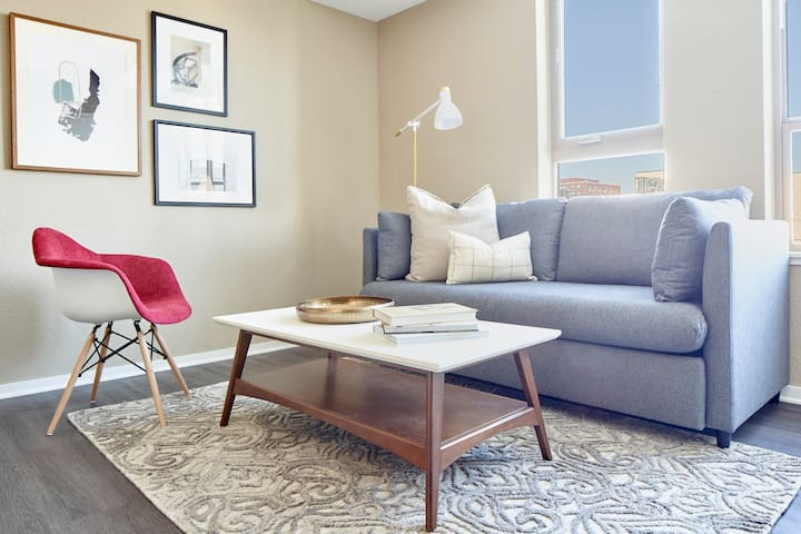 Sonder | District 600 | Cozy 1BR + Fitness Center