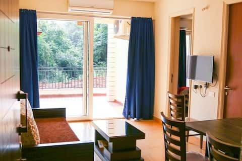 Cozy Hillside Apartment Minutes Away From Anjuna