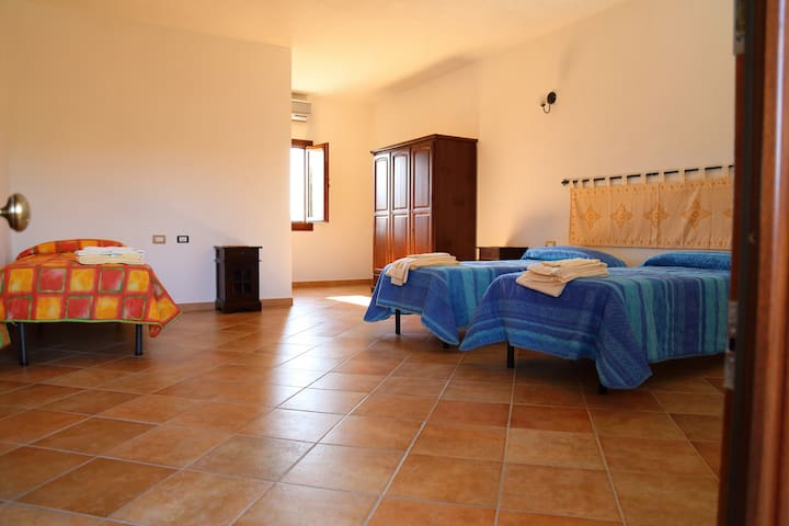 Summer Room in Sardinia - Berchiddeddu - Bed & Breakfast