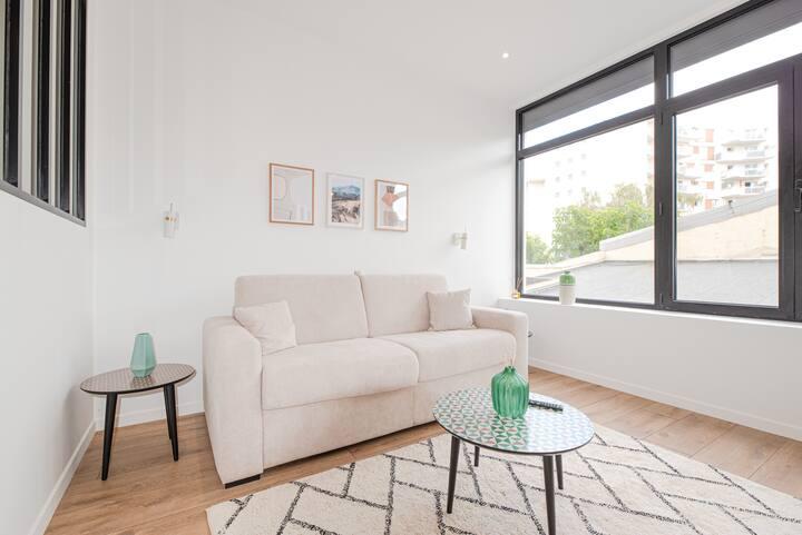 Luxury apartment in Paris South - Near Metro II