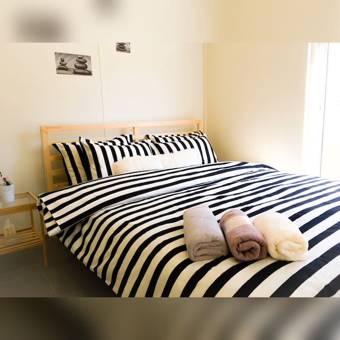 Lovely double bed - Very cosy and brand New!