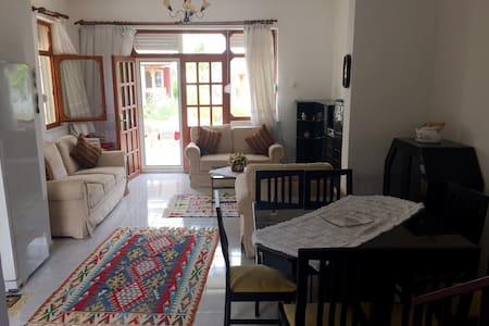A cute villa in the seaside - Tekeli Belediyesi - House