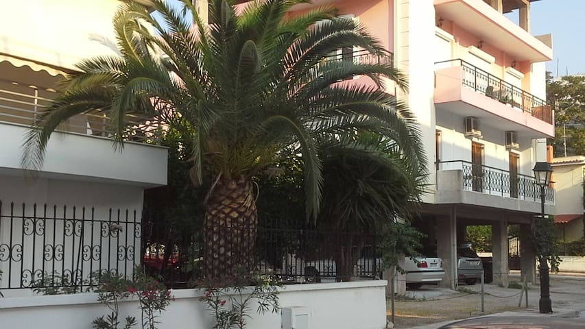 Confortable flat in Loutraki center