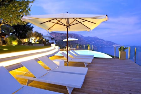 Luxury VillaMediterraneo - Colli di Fontanelle - Villa